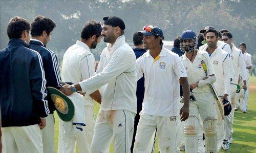 Shrinking spin talent worries Harbhajan
