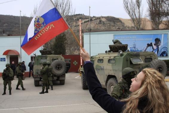 Putin ready to invade Ukraine; Kiev warns of war