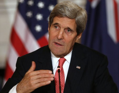 Kerry warns of consequences for Russia over Ukraine
