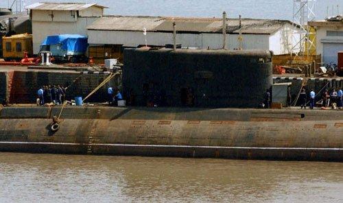 Sindhuratna blaze not by battery: Navy