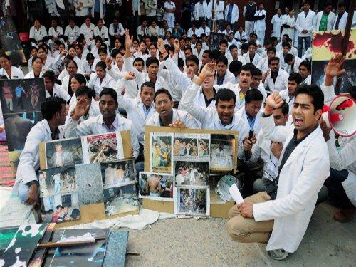 HC intervenes in UP medicos stir