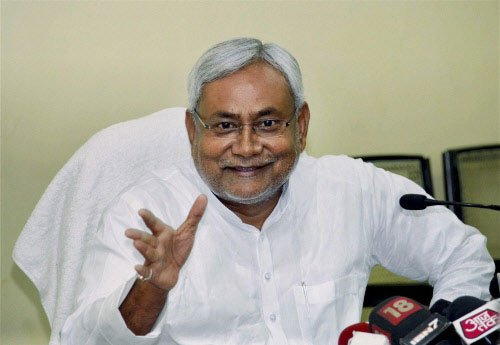More qualified for PM post than those 'roaming' around: Nitish