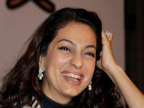 Snippets: I'm loving the hate, says Juhi Chawla