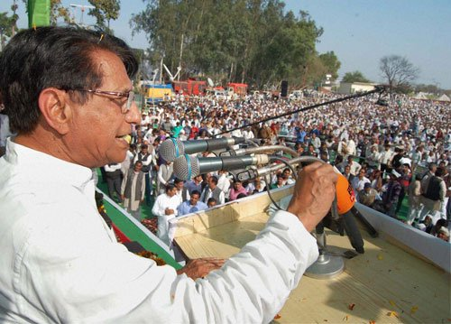 Cong leaves chunk of western UP seats to allies for LS polls