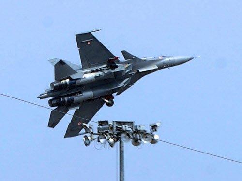 Su-30MKI aircraft displays facing 'blanking off' problems