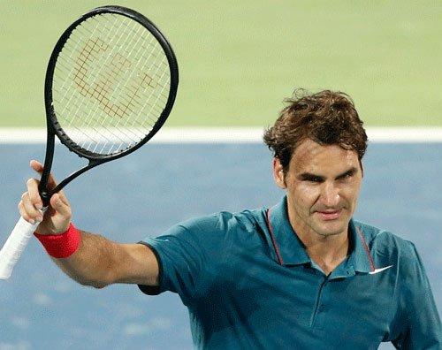 Federer enters quarters