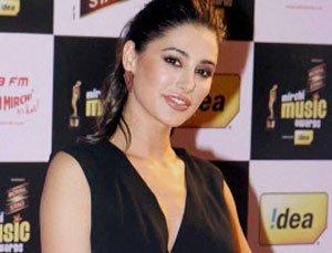 Nargis wears own bikini for 'Main Tera Hero'