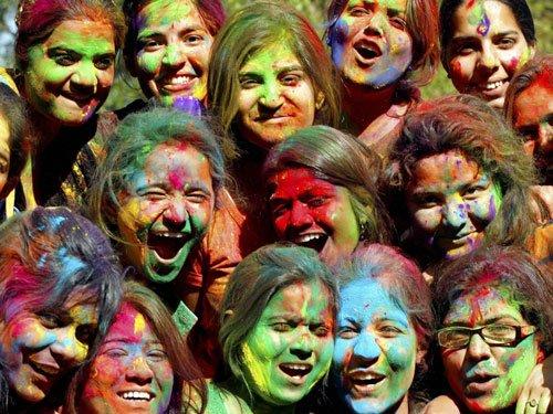 Holi hues may cause harm, caution docs