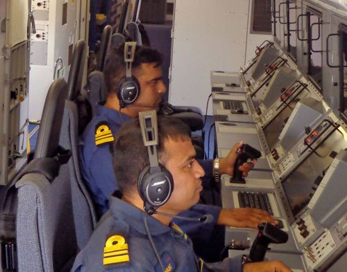 India suspends search operation for missing Malaysian aircraft