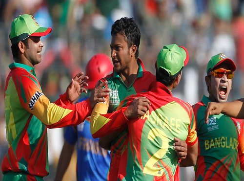 Bangladesh spinners wreck Afghanistan
