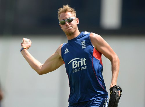 Broad avoids questions on Kevin Pietersen