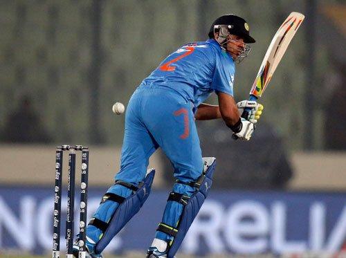 Malinga's four-for hands Sri Lanka 5-run win over India