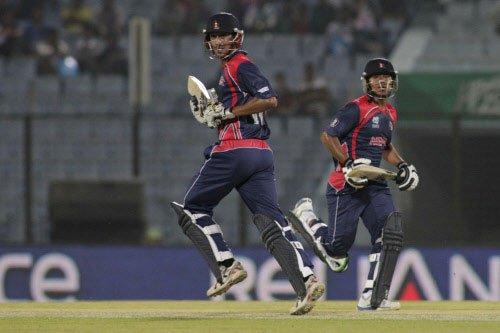 Bangladesh restrict Nepal to 126/3