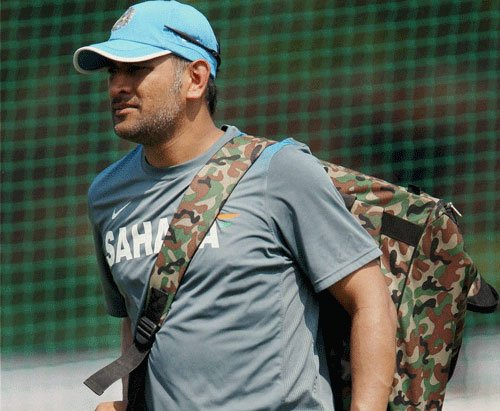 Dhoni takes Mishra to cleaners during net session