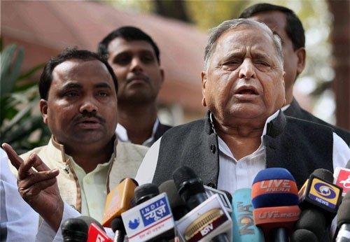 Mulayam counters Modi's East UP foray