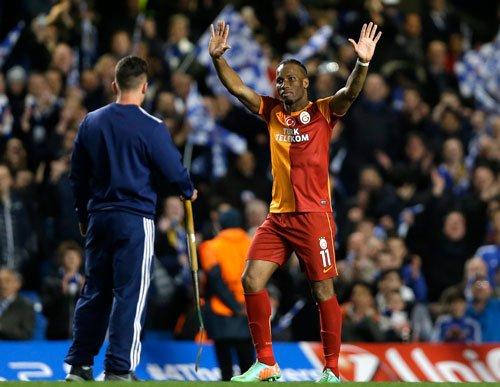 Chelsea march into quarterfinals