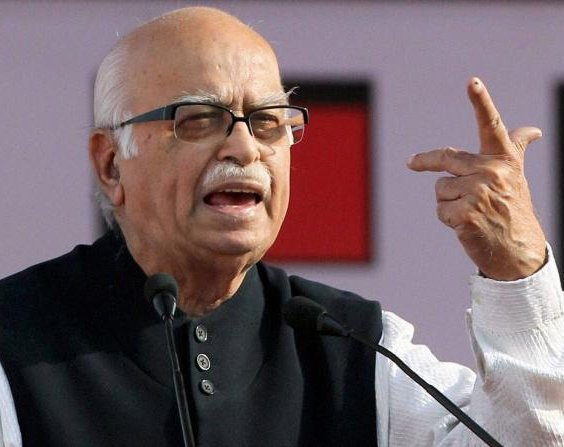 Advani gets Gandhinagar against his wishes