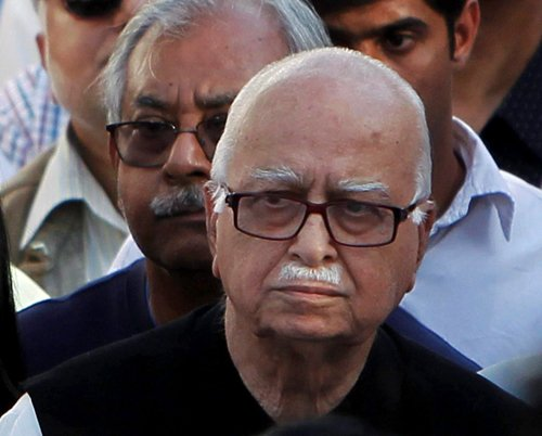 Does Gandhinagar continue to back Advani?