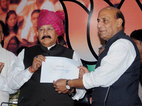 NK Singh quits JD(U); Satpal Maharaj joins BJP