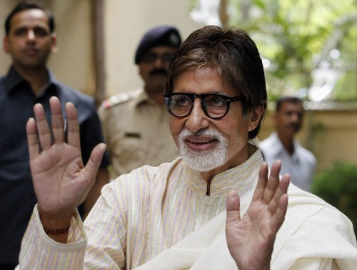 Shall not join politics: Big B