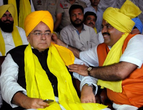 Jaitley's 'safe' run ends with Amarinder's entry