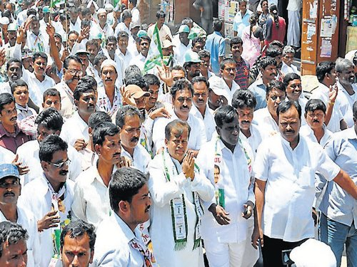 Ch'nagar JD(S) candidate files nomination