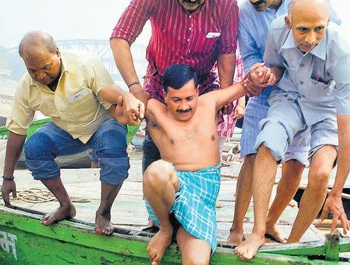 Kejriwal to take on Modi in Varanasi