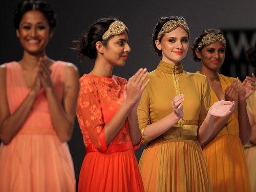 Lights add drama to WIFW during Earth Hour