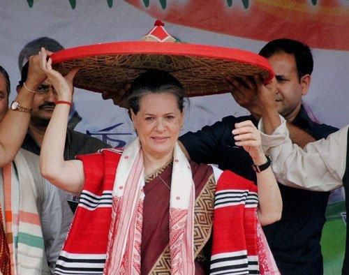 "Sonia attacks BJP for ""talking big"""
