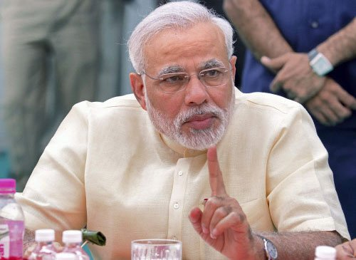 Modi sees conspiracy in chopper delay, demands EC probe
