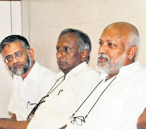 Inept Cong led to Modi's rise: Prof Mathew