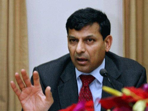 Re hitting 45-50/USD may impinge on India's exports: Rajan