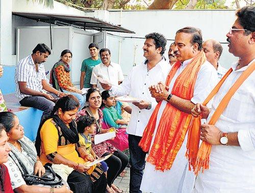 After Ugadi lull, campaigning picks up