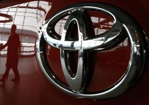 Toyota India workers on fast as stand-off continues