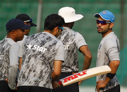 India look to tame African lions