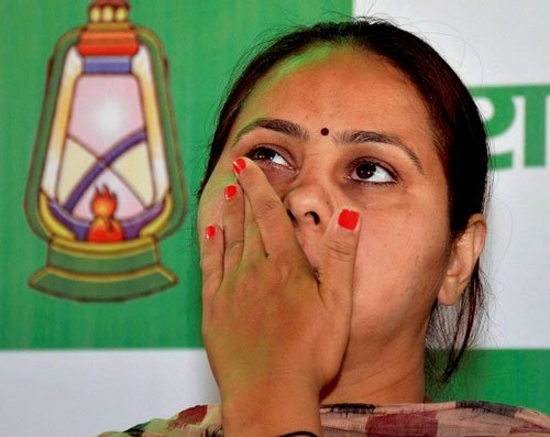 Lalu's daughter hires two IITians to manage her campaign