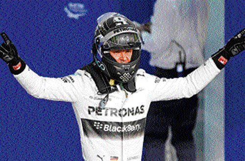 Rosberg on pole in Bahrain