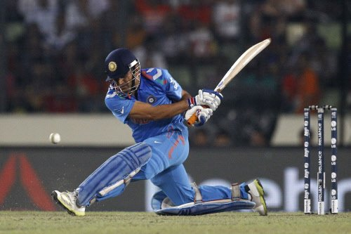 Last four overs cost us the game: Dhoni