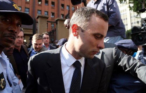 Pistorius: Reeva 'died while I was holding her'