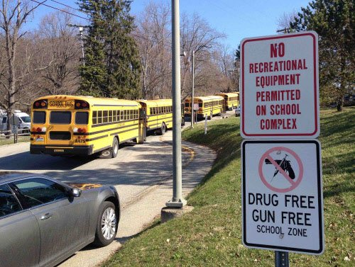 Twenty hurt in stabbing spree at Pennsylvania high school