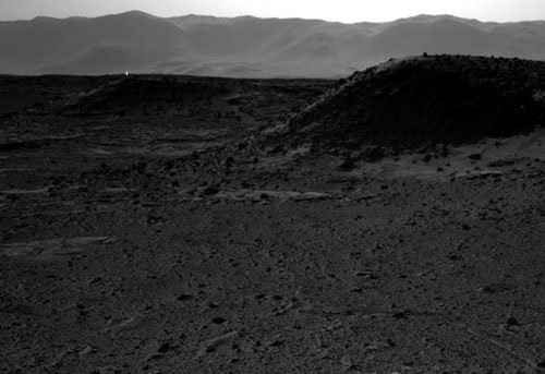 Sorry, mysterious glow on Mars is not life