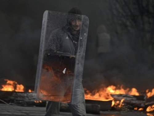 Two killed in police raid in eastern Ukraine