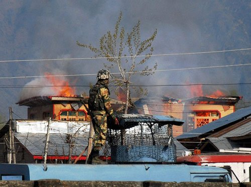 Cops kill two LeT militants in Srinagar