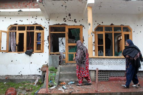 Bloody encounter takes toll on two houses