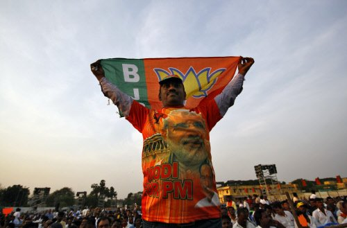 Opinion poll predicts 275 for NDA