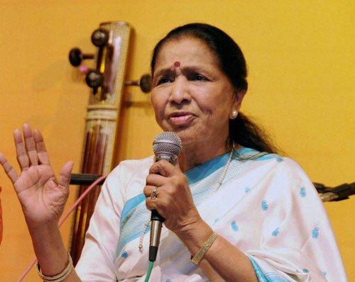 Gulzar deserves Phalke, says Asha Bhosle