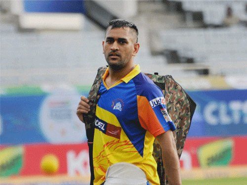 Dhoni expects Super Kings to reach at least semifinals