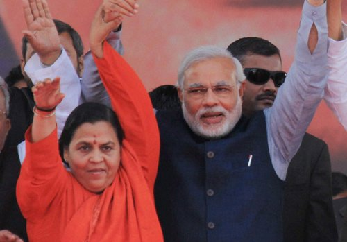 Cong releases CD of Uma Bharti slamming Modi