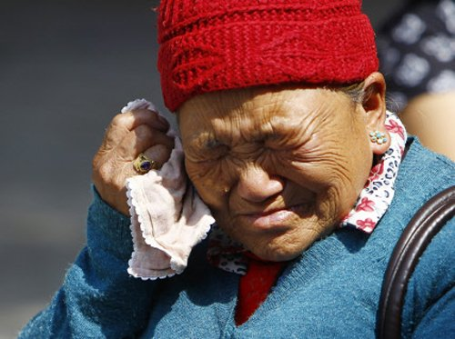 Death toll in worst-ever Everest accident rises to 13