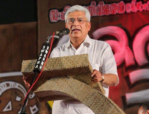 Third Front will form next govt, says Karat